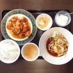 開花 香港海鮮バル - 油淋鶏&揚げ玉子特製ソース 2100円