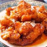 開花 香港海鮮バル - 油淋鶏&揚げ玉子特製ソース 2100円 の油淋鶏