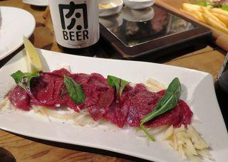 薪焼き肉バル Crackle - 馬肉のカルパッチョ