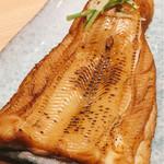 梅丘寿司の美登利 - ▲元祖穴子 塩、デカさにあんぐり