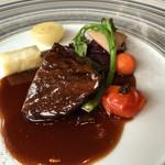 レスプリ ドゥ クゥー ドゥ フランス - 佐賀牛の赤ワイン煮