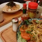 ぼんじゅーる - 「シーフードスパゲッティ」「サラダ風スパゲッティ」