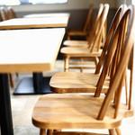 ジレカフェ - テーブル席