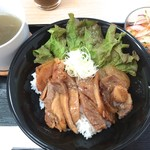 カフェ&ダイニング レジェンド - 豚丼ランチ 750円