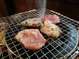 亀戸ホルモン 恵比寿店
