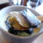 カナヤ - デザート(黒豆プリンの黒ゴマソース)