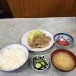 伊勢屋食堂 - 豚バラ生姜焼き定食とトマトの酢漬け('17/04/14)