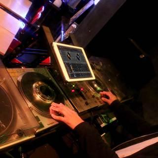 本格DJ機材を自由に使えます!(貸し切りパーティーの場合)