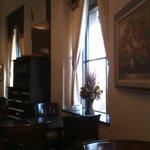 カフェドゥラプレス - 窓際の席