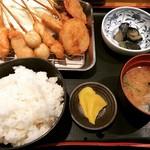 65483063 - ご飯は大盛り無料。