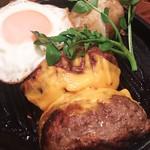 65501541 - プレミアムハンバーグステーキ180g+チーズ、目玉焼き