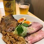 本町製麺所 阿倍野卸売工場 中華そば工房 - おつまみセット 700円 ビールとあうでー