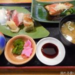 とん亭 - 地魚寿司と金目鯛の煮付セット