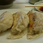 こまどり - 餃子(大きいです(^^)d)