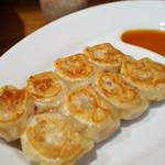 風雲 - 料理写真:焼き餃子