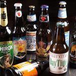 フットニック - ボトルビールも30種類以上ご用意しております