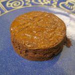 スウィング バイ コーヒー - 最初に食べたのはチョコカラーに芯まで染まったショコラガレット(価格失念)。