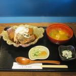 築地魚河岸 海鮮 - あら炊き定食(ご飯抜き)