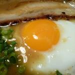 焼麺 劔 - 目玉焼き