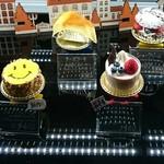 65510607 - 見た目も可愛いケーキが揃っています。