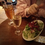 イル・バロッコ - スパークリングワインとウーロン茶