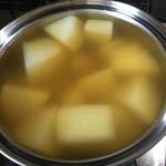 大倉屋 - 一番出汁で表面に味を付ける