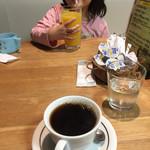 下田康生堂ぱん茶屋 - オレンジジュースとブレンドコーヒー(^∇^)
