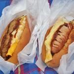 今屋のハンバーガー - 桜のシーズンに!ボリュームあり
