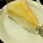 65518387 - ベイクドチーズケーキ