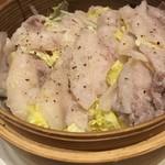 Soffa Tokyo - 豚と白菜のはさみ蒸し