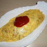 ロックキッチン1984 - ミニ・オムライス~ミニサイズはちょっと上等なお皿でどうぞ!