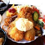 たかま - 海老フライ2尾とハンバーグ、スパゲッティ、玉子焼き、サラダ