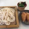 Teuchitenjin - 料理写真:ざるうどん=540円 いなり 3個=180円