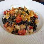 65539990 - イカスミを練り込んだタリオリーニ(魚介とチェリートマトのガーリックソース、サルディニア産カラスミかけ)