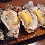 65541684 - 生牡蠣食べ比べ