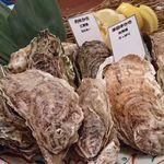 65541690 - 焼き牡蠣食べ比べ