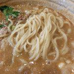 中国料理 角半 - 担々麺の麺は細麺