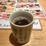 すし波奈 - 熱いお茶。       うまし。