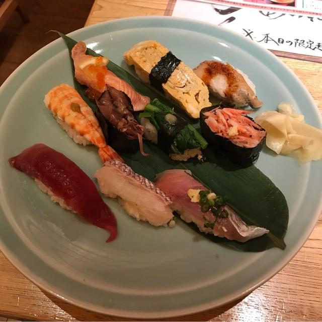 すし波奈 浦和パルコ店 - こだわりにぎり。 税込1700円。 美味し。