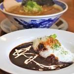 ぬーじボンボン メンデス - 中華そばとミニ黒カレー