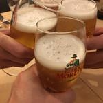 ハングリータイガー - まずはビールで乾杯(๑>◡<๑)