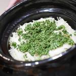 豪龍久保 - 塚原朝採り筍と花山椒・実山椒の炊き込みご飯