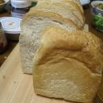 はぴパン - 料理写真:こだわり食パン¥320