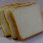 のぐちやBakery - 料理写真:食パン(半斤)110円