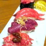 65560666 - 肉とろ盛り合わせ(1人前4貫)¥1400