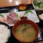 のぶちゃん お初天神店 - 刺身定食 880円