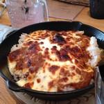 グリグリア カフェアンドグリル - とろ―リチーズの焼きカレー