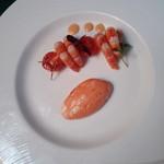マ・メゾン - 前菜・赤ピーマンのムースと小エビ