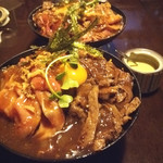 ひだまり庵 - 3種盛り肉丼(並)