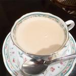 カフェ クーランデール - テ ブラン